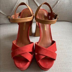 Pour La Victoire high heels platform sandals 8.5
